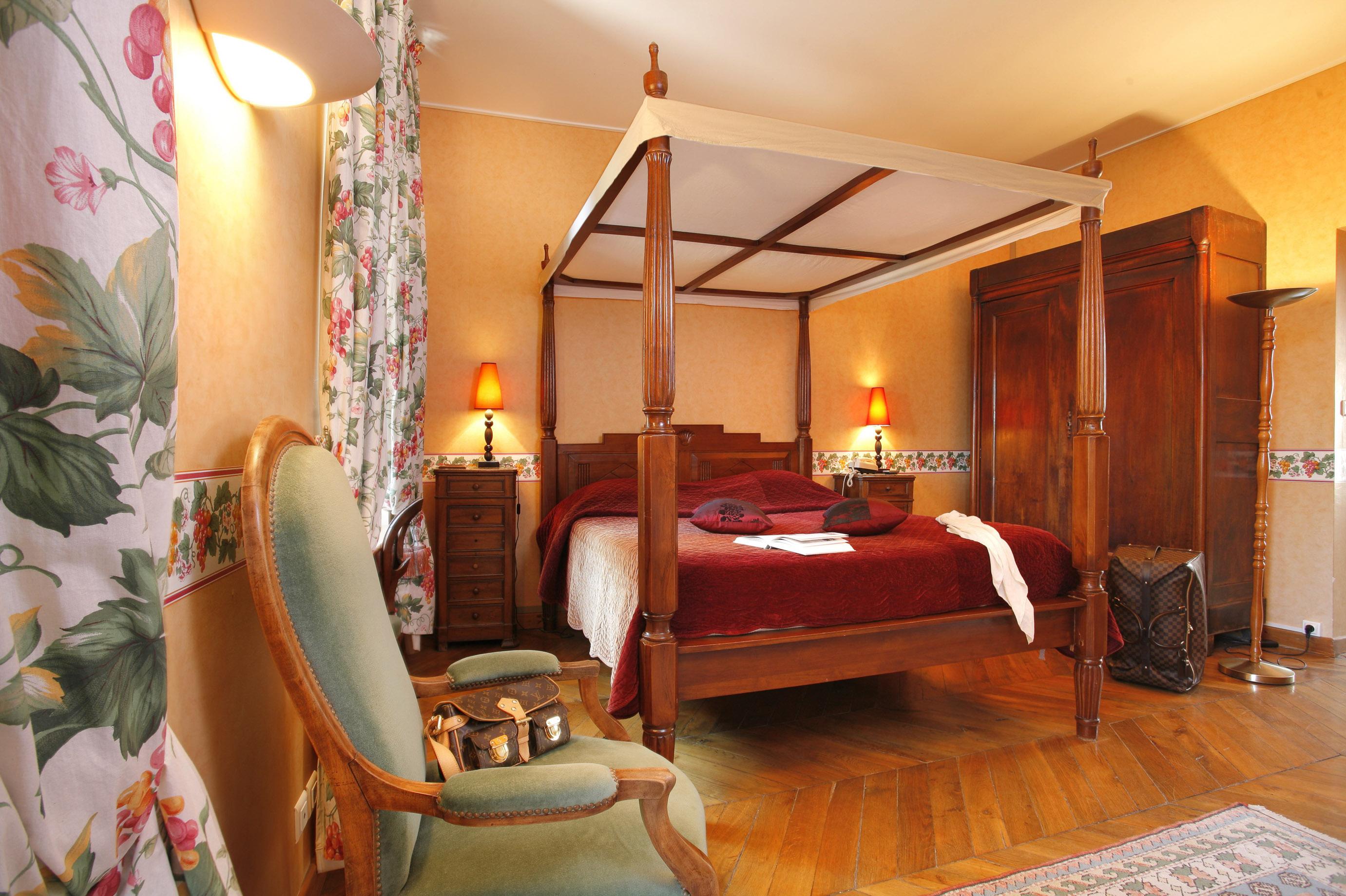 莎波城堡 四星级酒店 舒适型房间 位于 Vignieu l'Isère (38)