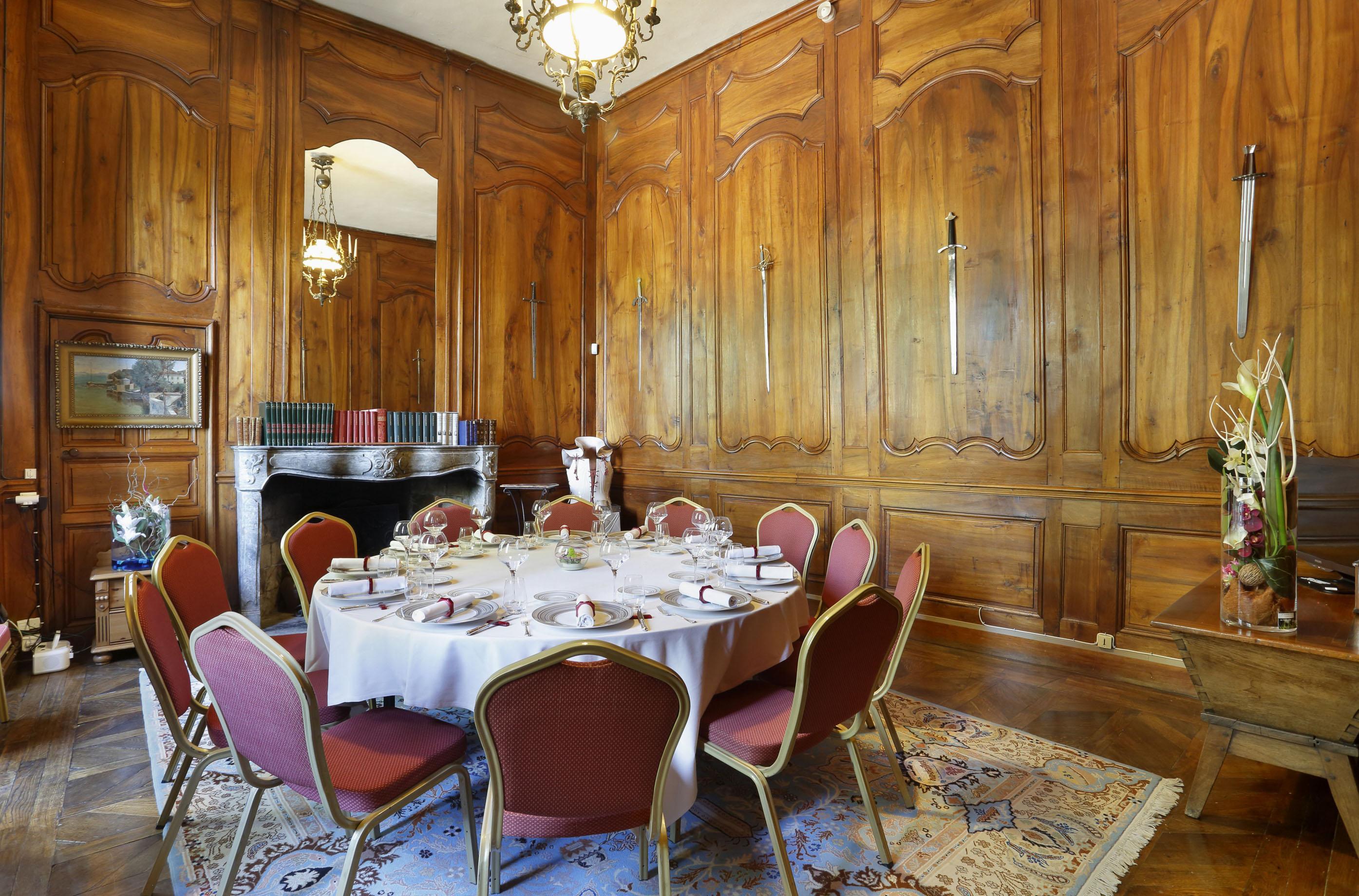 Banquet et Réception en Isèreau Château Chapeau Cornu en Isère, Rhône Alpes